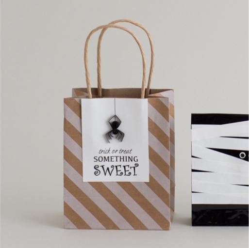 クモのペーパーバッグ『ペーパークイリング スタイルブック』